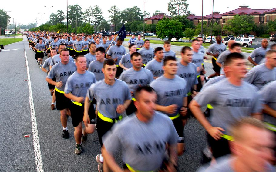 Soldiers of the 3rd Infantry Division participate in an esprit de corps run around Fort Stewart, Ga., on June 13, 2014.