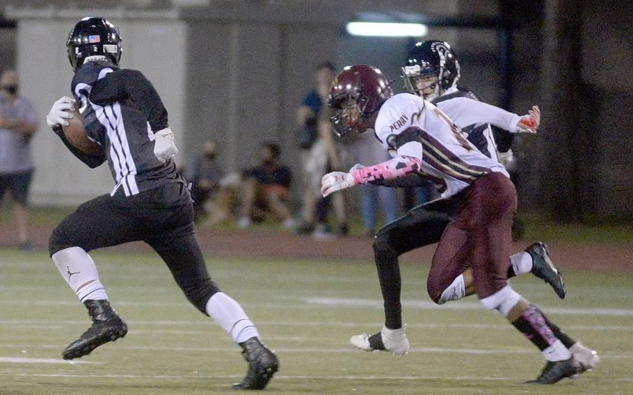 Zama receiver Keshawn McNeill leaves defenders in his wake en route to an 84-yard  touchdown catch.