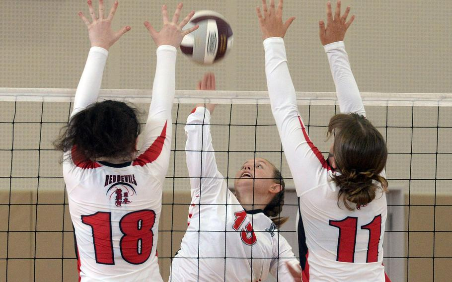 Madylyn O'Neill, a freshman transfer who just became eligible this week, averaged nine kills in two matches Saturday as her E.J. King Cobras improved to 6-0 on the season without dropping a set.
