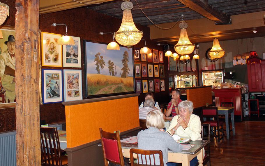 Edmundo Lounge in Bury St. Edmunds is customized to match the community.