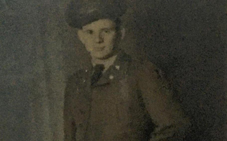 Army Pvt. 1st Class Bill Freemont Hobbs
