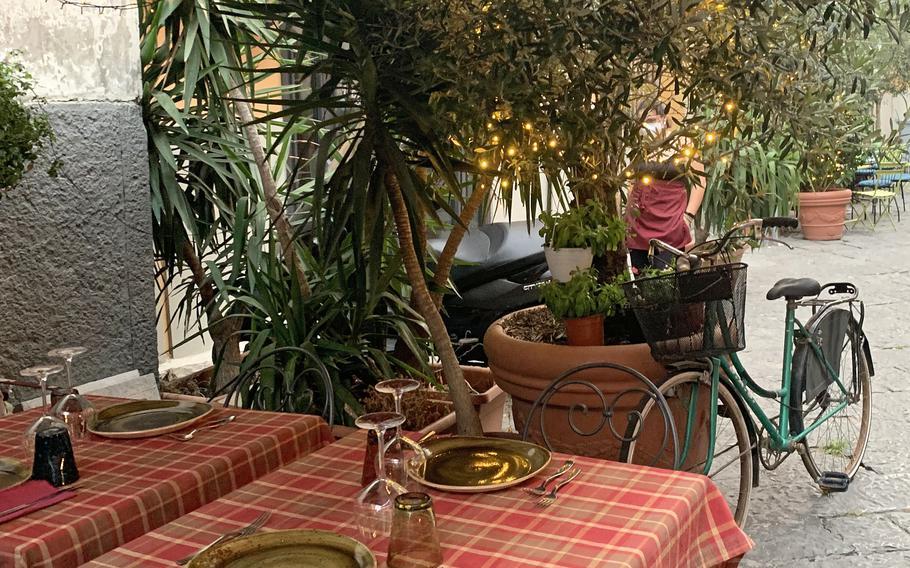 Buatta's outdoor seating area has a casual garden motif. The restaurant in Naples' Vomero neighborhood opened in 2012.