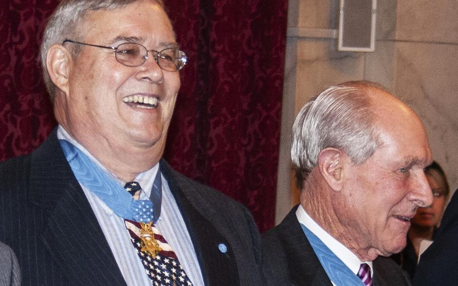Medal of Honor recipients Charles Hagemeister, left, and Thomas Hudner at a Capitol Hill reception in March, 2007.