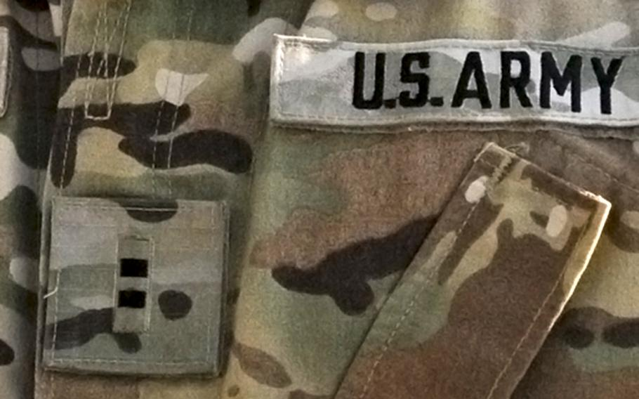 The Army says it is removing obstacles that prevent retired warrant officers from serving in the Reserve and Guard.