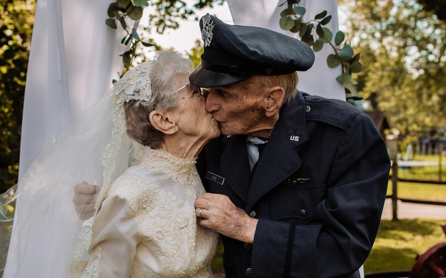 Frankie donned a vintage 1940s dress, and Royce wore his Air Force uniform. They were married in 1944. On Sept. 24, 2021, the couple celebrated their 77th anniversary with a wedding-style photo shoot.