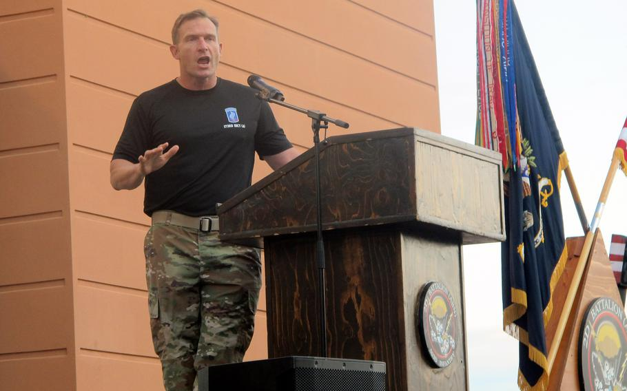 Col. Michael Kloepper, commander of the 173rd Airborne Brigade, told Afghanistan war stories Aug. 25, 2021, at Del Din in Vicenza, Italy. Kloepper's stories centered on the heroics of 1st Lt. Derek Hines, who was killed in Zabul province in 2005. The brigade held a 5K run to honor Hines.