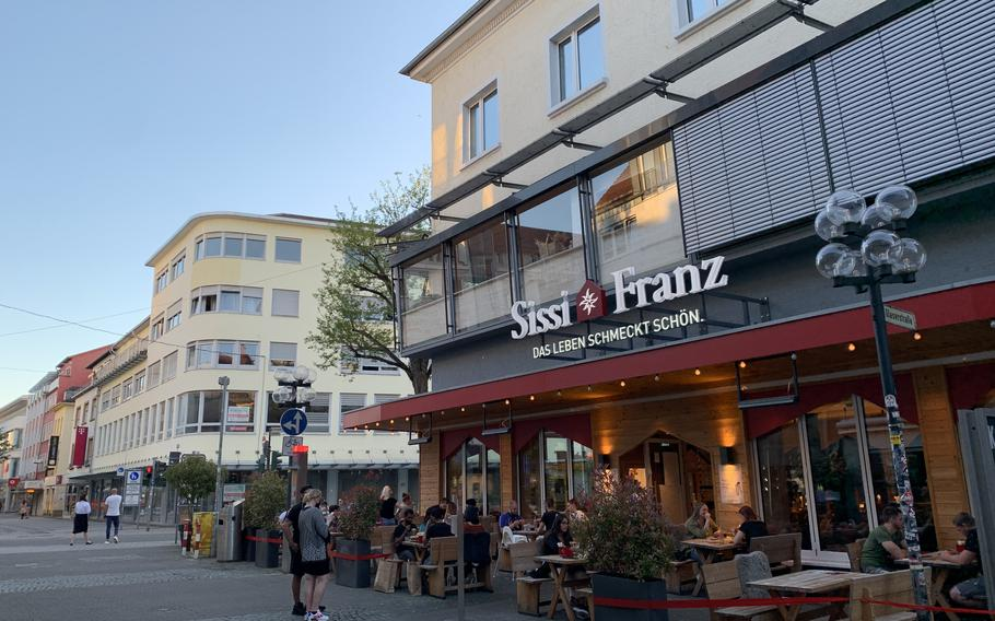 Sissi und Franz in downtown Kaiserslautern teems with dine-in customers June 1, 2020, as outdoor dining returns to many of the city's eateries.