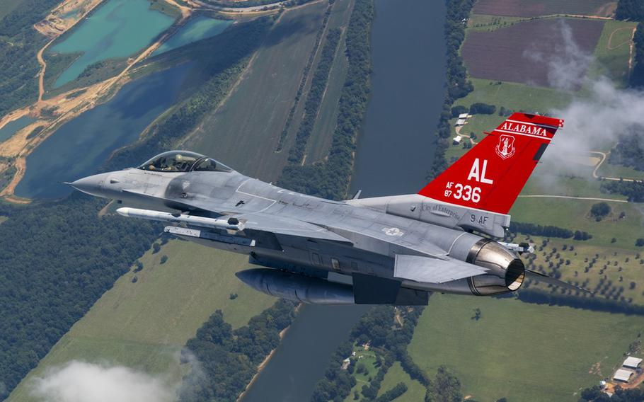 A U.S. Air Force F-16 fighter jet flies in a hold pattern Sep. 7, 2018, while flying over areas of Alabama.