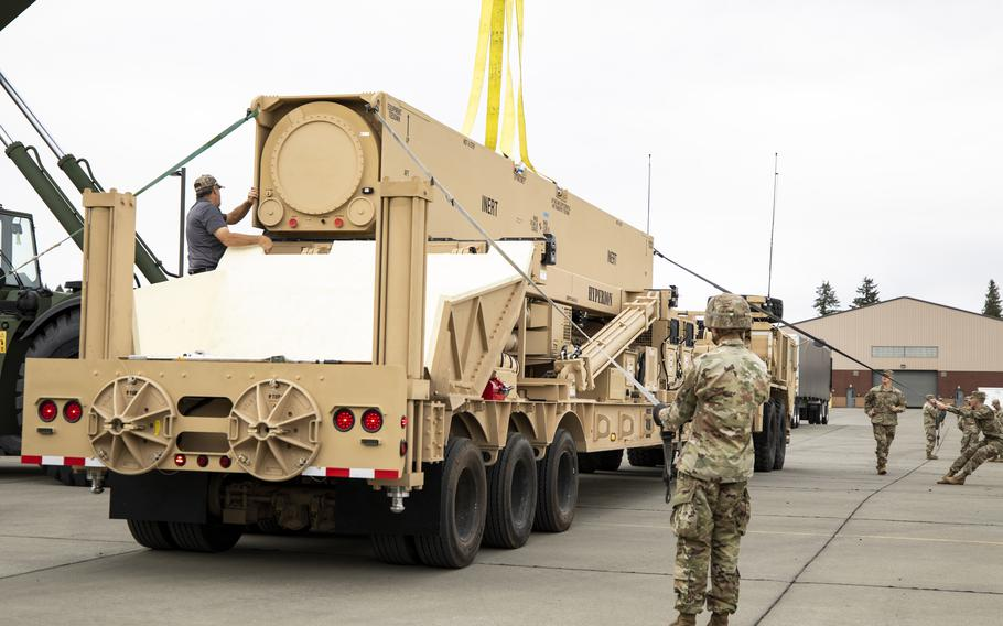 The first prototype hypersonic hardware is delivered to soldiers of 5th Battalion, 3rd Field Artillery Regiment, 17th Field Artillery Brigade at Joint Base Lewis-McChord, Wash. The Army is closer to fielding its Dark Eagle hypersonic missile after issuing the ground equipment to the unit, it said in a statement Oct. 7, 2021.
