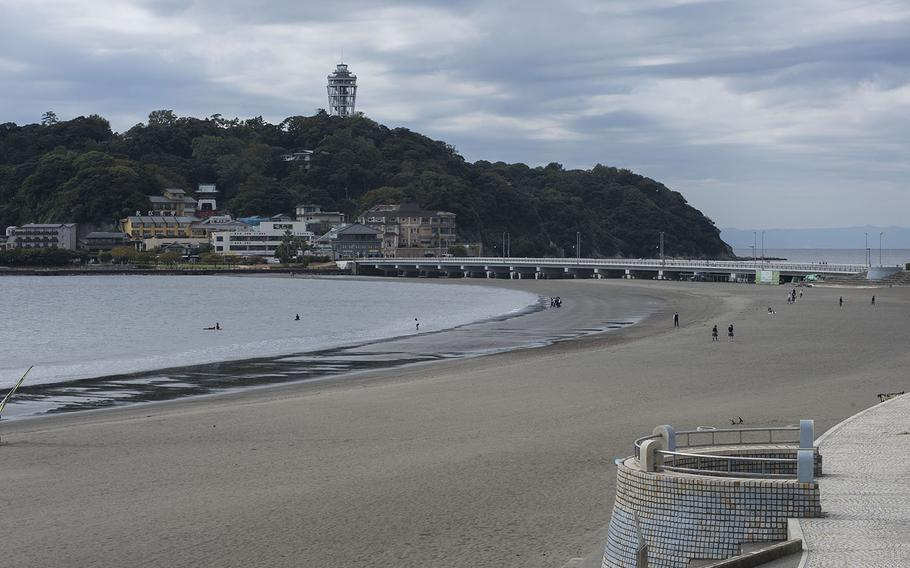 Enoshima is near Shonan beach, a trendy summer destination for surfers and vacationers from Kanagawa prefecture, nearby Tokyo and farther afield.