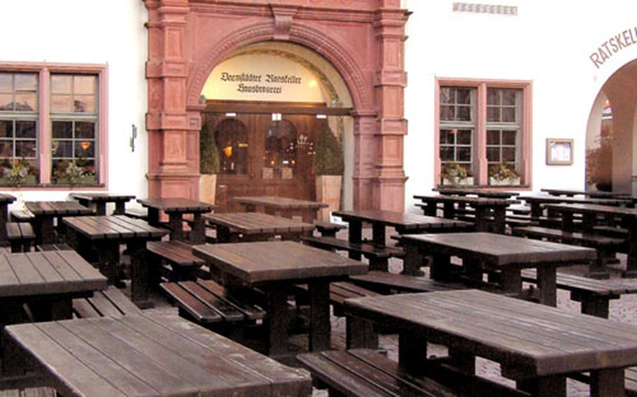 It may be quiet now, but the outdoor area at the Ratskeller in Darmstadt is the perfect spot to enjoy a cool beer on a warm afternoon.