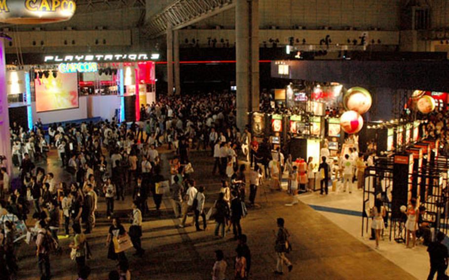 Crowds gravitate toward the Sony booth in one of the main halls of the 2006 Tokyo Game Show.