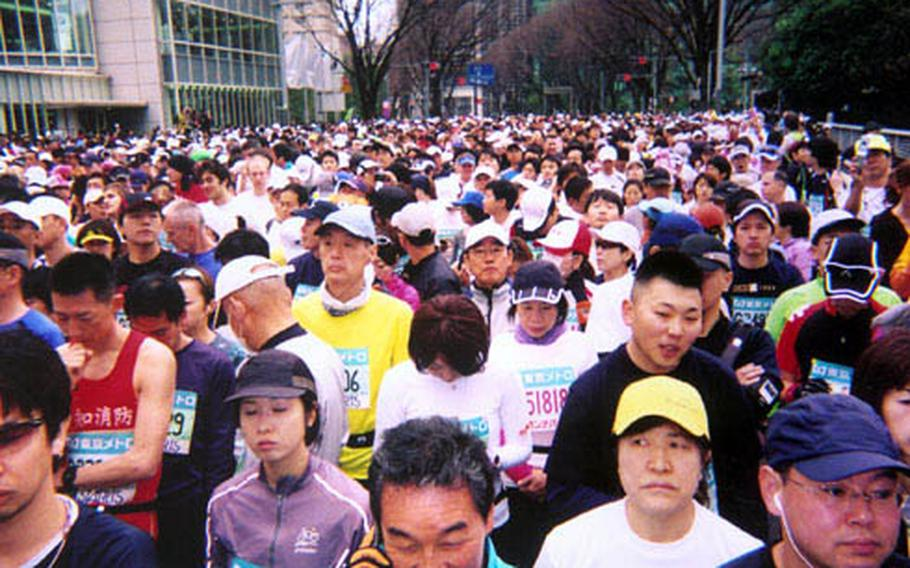 There was little room to move at the beginning of the race in Shinjuku. In fact, passing people was difficult throughout the course. Fortunately, that was never much of an issue for me.