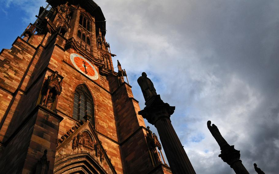 Swiss historian Jakob Burckhardt called the steeple of St. Martin Cathedral the most beautiful in Christiandom. The steeple was completed during the Middle Ages, which is unusual since most church towers in Germany were built after that period.