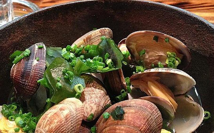 Asari no sakamushi, or steamed clams, at the Shijimiya restaurant, located between Matsumoto Station and Super Hotel in Japan.