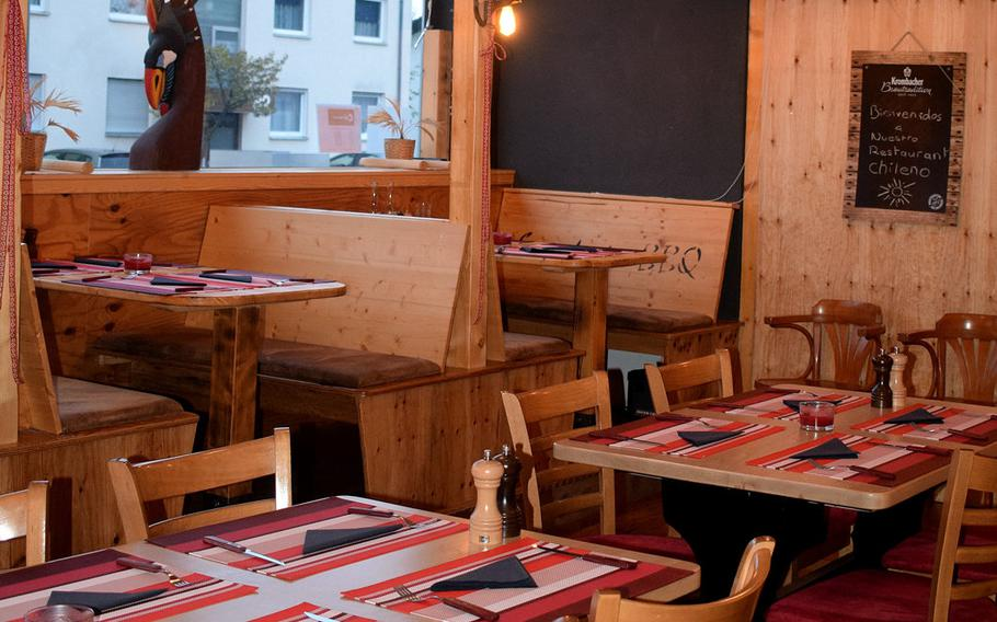 Chacarero Steakhouse is located in an unremarkable residential area of Einsiedlerhof, Germany. But the restaurant's owners have done a fine job of creating a pleasant dining space.