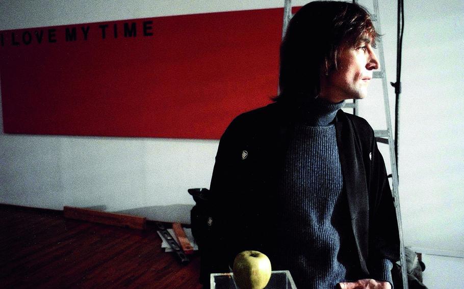 Courtesy of Kurpfaelziches Museum -- David Spindel photo, John Lennon last recording session 1980