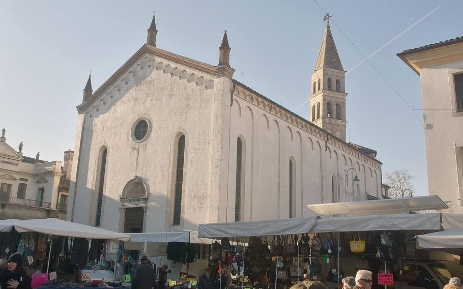 Every Wednesday, a large market fills most of the downtown area in Oderzo, Italy, including the piazza in front of the Duomo (Cathedral).