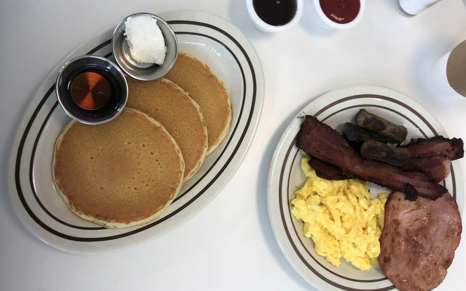 The offerings available at the Original Pancake House in South Korea will be familiar to fans of the restaurant chain, which got its start in Portland, Ore., albeit with more limited choices.