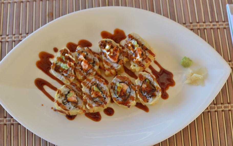A waiter at Mò Sushi in Pozzuoli, Italy, recommended a fried roll battered lightly with tempura.