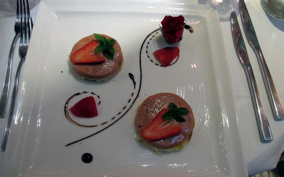 The fois gras appetizer at tira tardi in Vicenza, Italy, looked inviting on Valentine's Day.