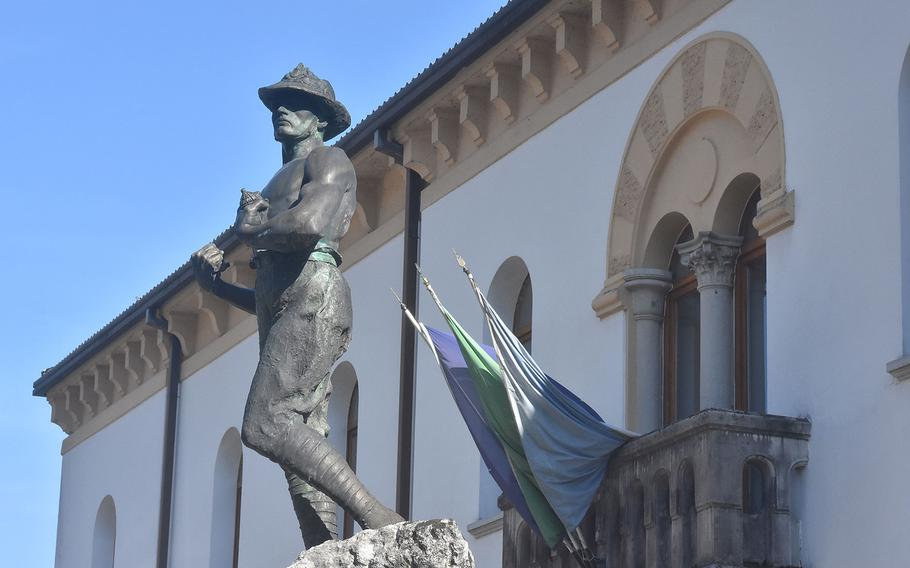 Like most Italian towns of any size, Barcis has a memorial for all the men from the town who died in the world wars.