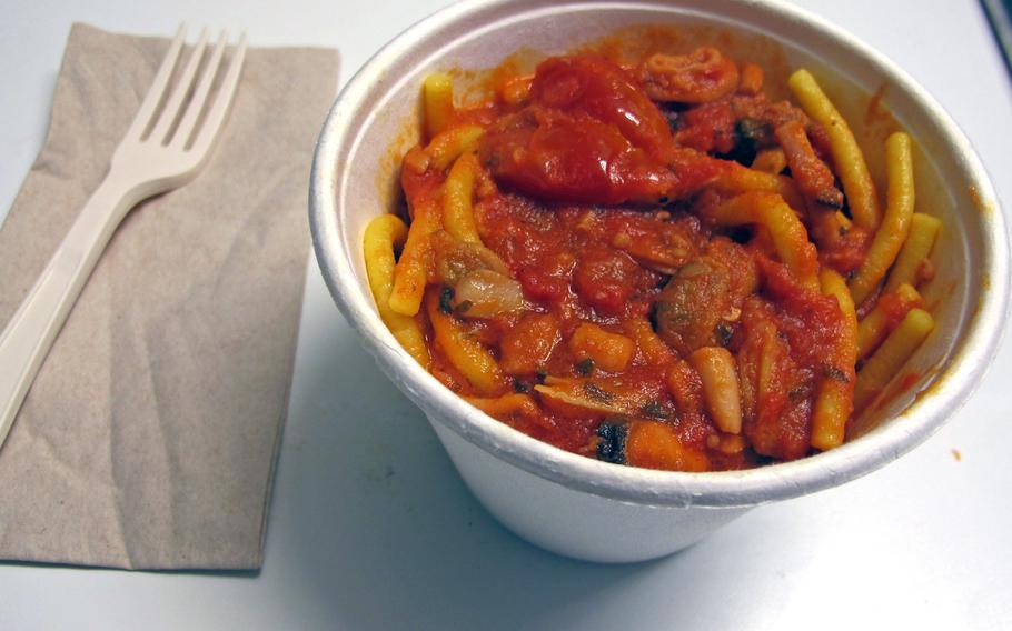 Bigoi's bigoli pasta with seafood sauce is as good as or better than that served in sit-down restaurants.