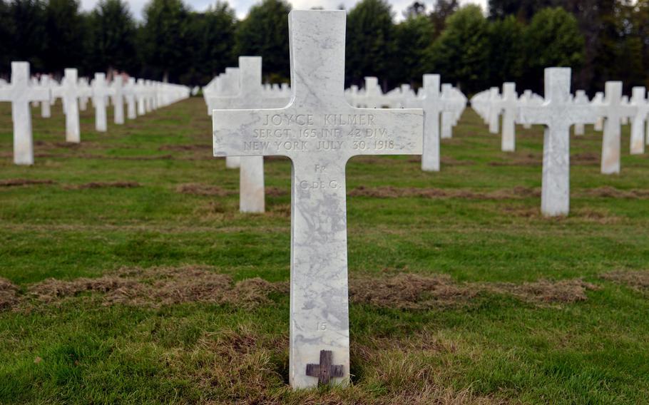 The grave of writer and poet Joyce Kilmer at Oise-Aisne American Cemetery outside of Seringes-et-Nesles, France.