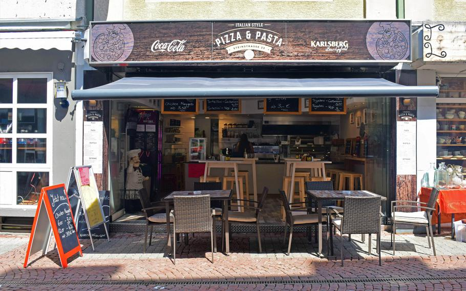Italian Style Pizza & Pasta, a new restaurant in downtown Kaiserslautern, Germany, is attempting to succeed in a location where previous eateries offering hot dogs and burritos have failed.