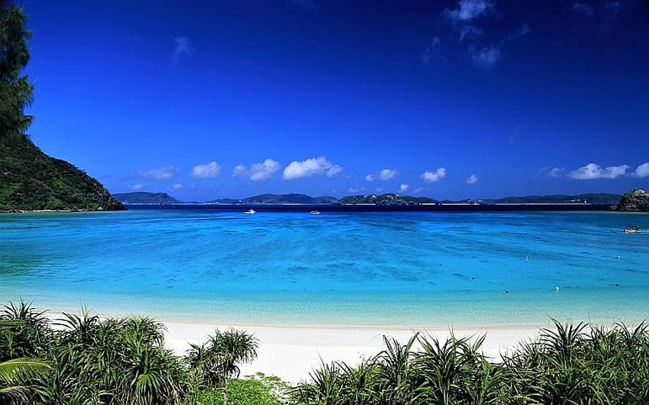 Tokashiku Beach is located on the west side of the island.