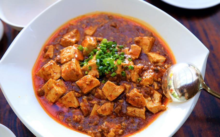 Sichuan-style mapo tofu is an extremely popular Chinese food dish in Japan, which consists of tofu and minced meat in a spicy sauce.