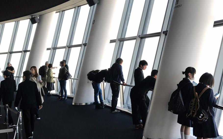 Visitors to Skytree are allowed access to two observatory decks, both of which are accessed via elevators.