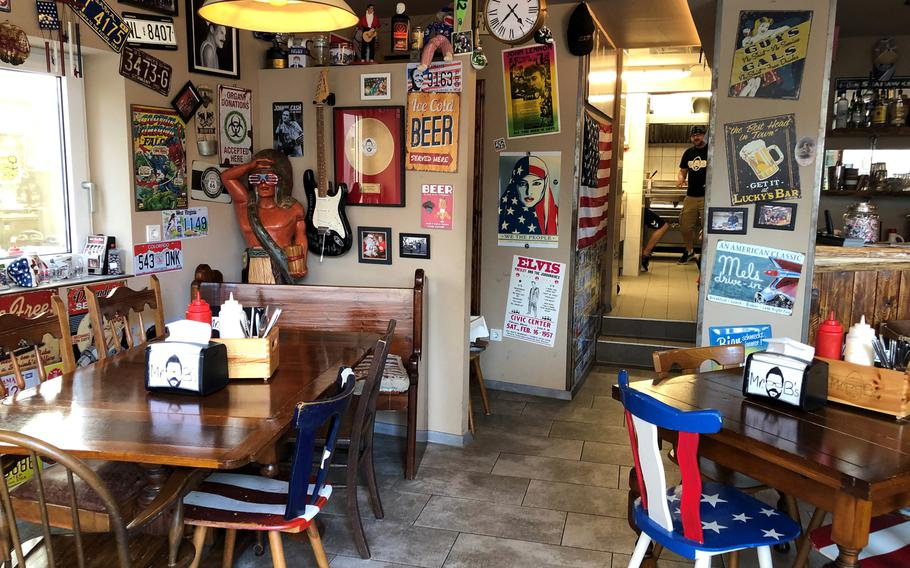Mr. B's offers an American diner experience with the taste of a backyard barbecue. Purely patriotic decor rivals that of any family restaurant back in the states.