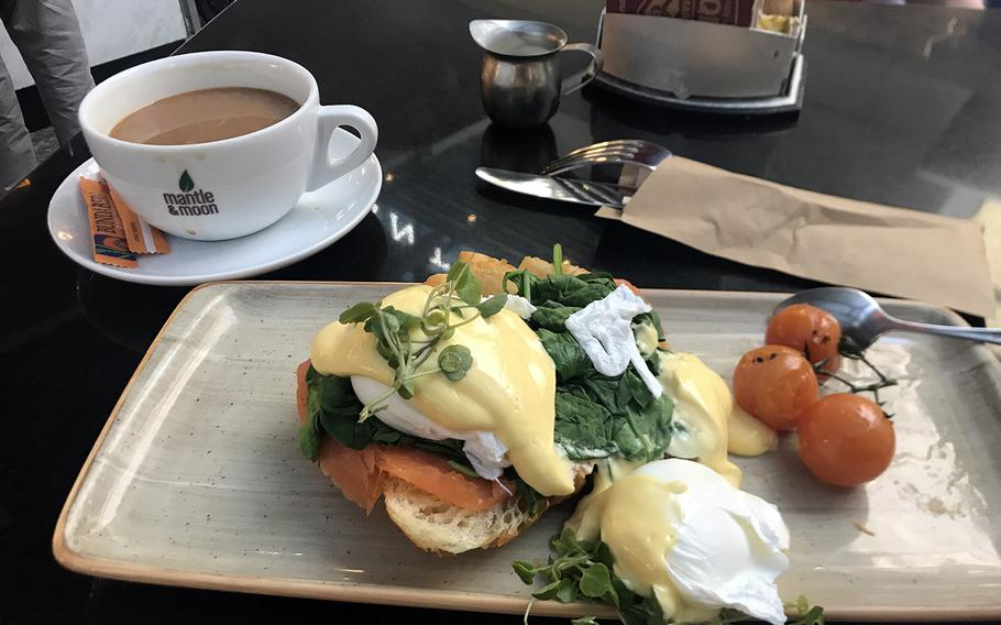 The eggs Benedict from Pig 'N' Whistle, a sports bar in Brisbane, Australia, that's open around the clock.