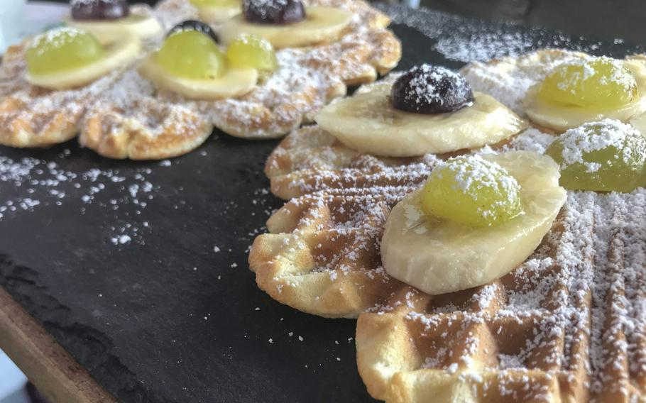 Fruit-topped waffles, a Sunday special, were served up at Storchenturm in Kaiserslautern.