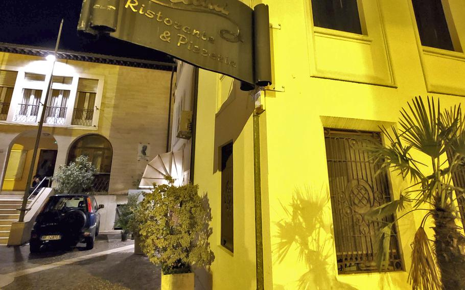 Cellini Ristorante and Pizzeria is located right in the heart of the city of Sacile, Italy. Cellini is a very unassuming place that if you're not aware of its location or are already committed to dining there, you might easily miss it.