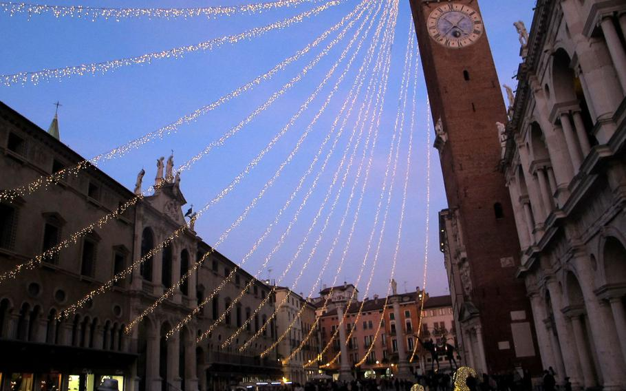 Vicenza's old town is at its prettiest over the winter holidays. The Piazza dei Signori is aglow with lights.