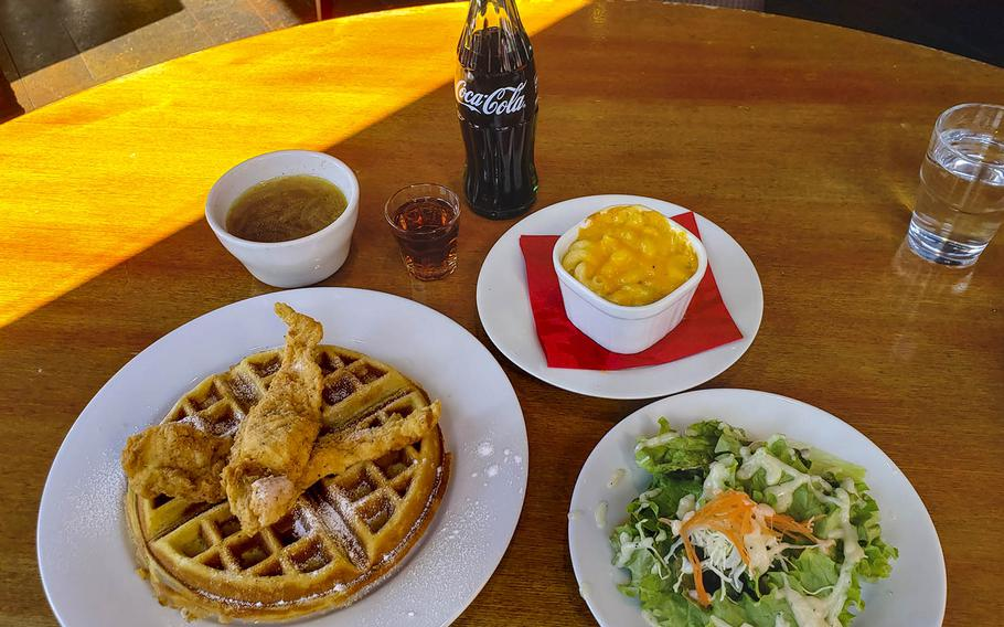 Lunch sets at Soul Food House in Tokyo comes with a main dish (chicken and waffles, in this case), a salad and soup. Add macaroni and cheese for a little extra yen.