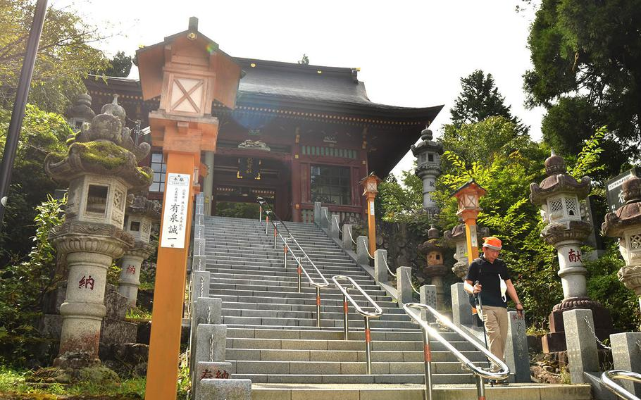 The shrines on Mount Mitake have been known in Japanese lore as spirtual pilgrimage sites since the Edo period.