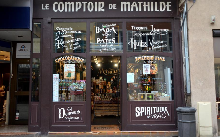 Le Comptoir de Mathilde gourmet food store in Sarreguemines, France, is just yards away from Au Cafe des Delices in a small pedestrian zone.