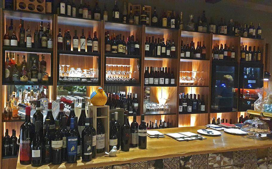 Bar Trattoria Cavour in Sacile, Italy offers a full bar with an extensive wine selection, and traditional non-alcoholic drinks such as water, sodas, and coffee.