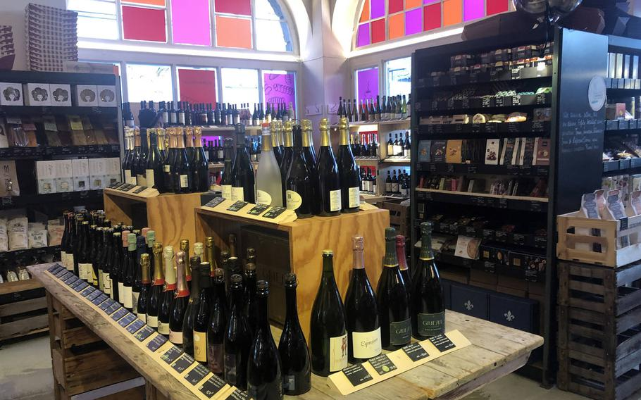 Vinocentral has a large selection of wines and other delicacies that can be bought on location or ordered online.