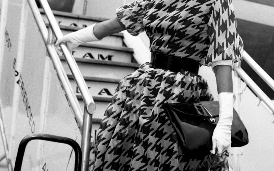 Actress Esther Williams boards the plane for Berlin at Frankfurt in June, 1959.