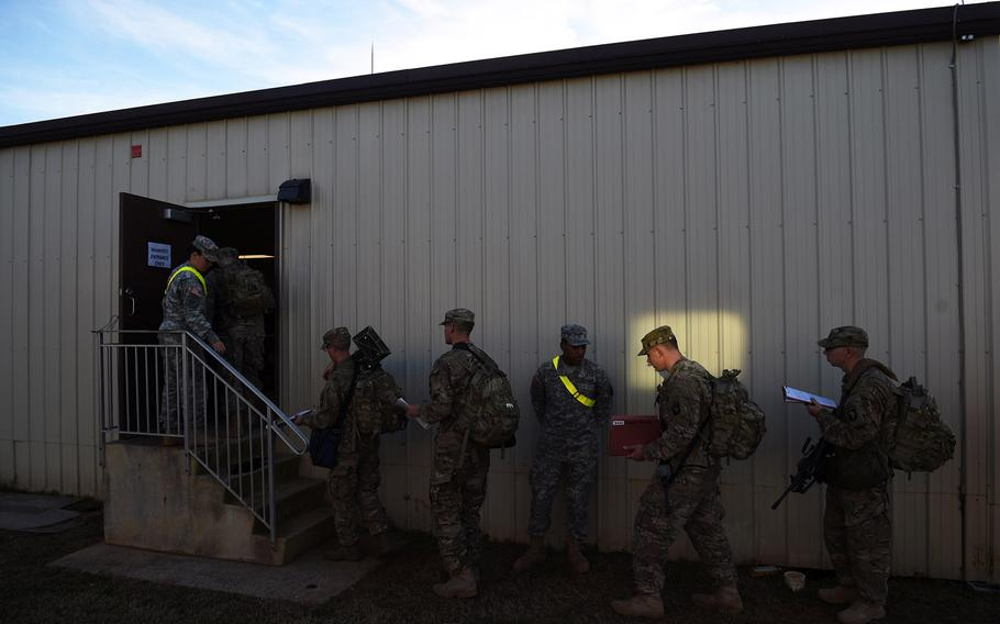 Army soldiers line up for deployment to Afghanistan on Nov. 9, 2014 in Fort Campbell, Kentucky.