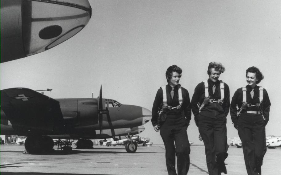 Members of the Women Airforce Service Pilots on a runway in Laredo Texas, in 1944.