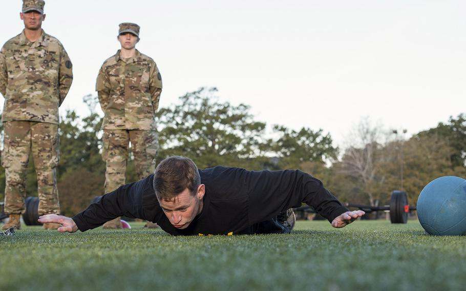A soldier with the 128th Aviation Brigade at Fort Eustis, Va., demonstrates the army extension version of the hand release pushup on Tuesday, Oct. 23, 2018.
