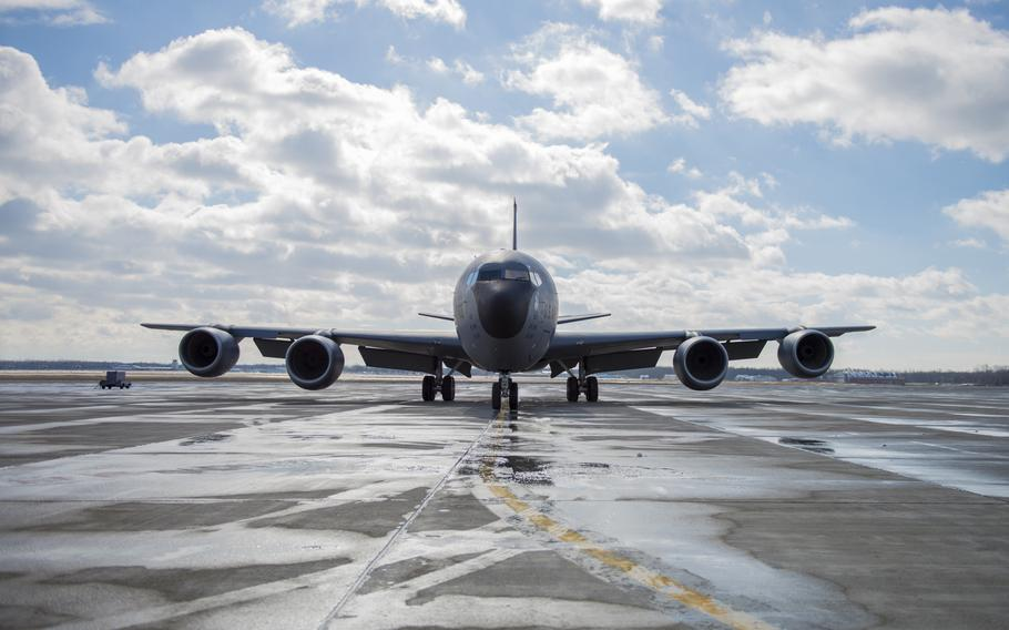 A KC-135 Aircraft arrives at Niagara Falls Air Reserve Station on Feb. 2, 2017.