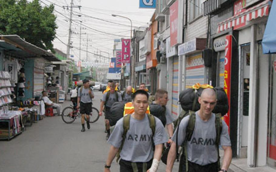 Soldiers from the 102nd Military Intelligence Battalion train in South Korea on Thursday.