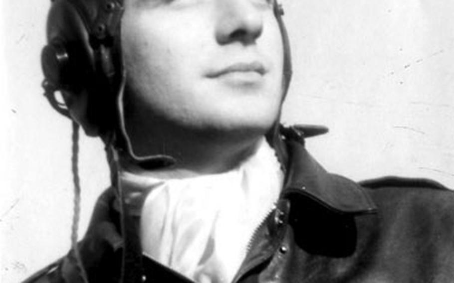 A photo of 1st Lt. Shannon Eugene Estill taken during World War II.