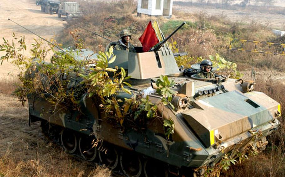 ROK soldiers from 1st Battalion, 113rd Infantry Regiment, 5th Armored Brigade.